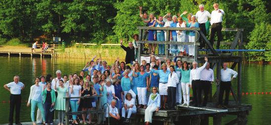 Foto: Alle Teilnehmer auf dem Badesteg